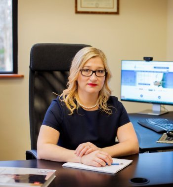 Angela Freyman Bio Pic